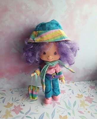 bandai doll strawberry shortcake rainbow sherbet berry best friends and comb