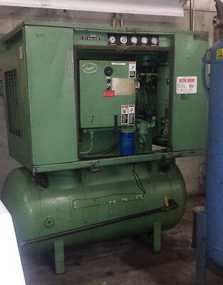 Sullair 25 HP Rotary Screw Tank Mounted Air Compressor