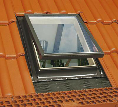 Roof hatch Skylight Window Top opening FAKRO WGT 46x75cm Integrated flashing