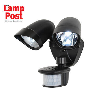 Twin Led Spotlight With Pir ZN-23454-WHT White 2x 3w