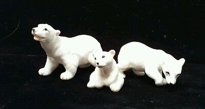 3 VINTAGE POLAR BEAR family figures ceramic/porcelain
