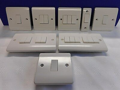 Click Mode White Plastic Light Intermediate Architrave Switch 1, 2, 3, 4, 6 Gang