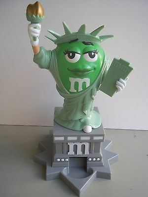 M&Ms (MandM M&M's MMs) Statue of Liberty Candy Dispenser NEW no box