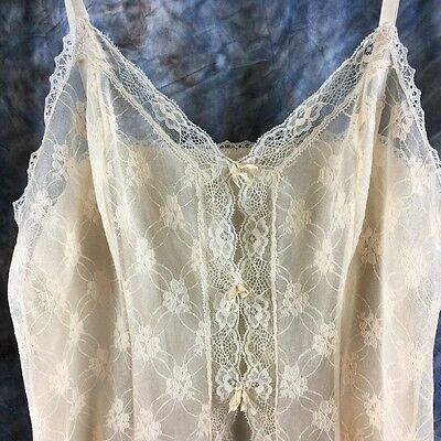 VIntage JC Penny's Camisole in Iridescent Golden Beige Size 36C/14 Bow front