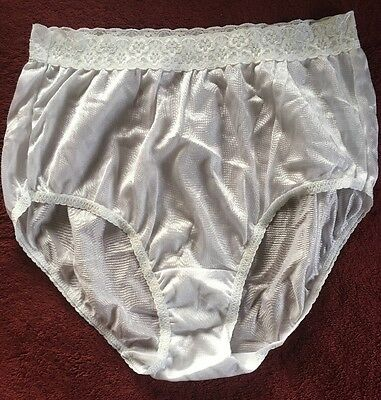 Fruit Of The Loom White Nylon Shiny Satin Granny Panties Size 7 Large Lace