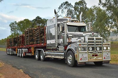 Betts Bower Kenworth T950 Legend Photograph
