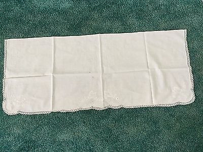 "ANTIQUE BUTTERFLY TABLE RUNNER  Off White Embroidered Crochet 39"" X 17"""