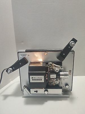 Vintage Bell and Howell AUTOLOAD SUPER 8MM MOVIE PROJECTOR MODEL 461A with Reel