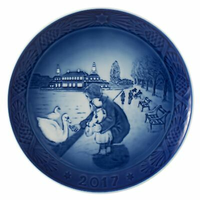 Brand New Royal Copenhagen 1021105 Christmas Plate 2017, By the Lake