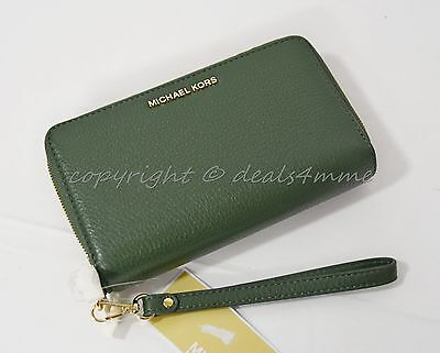 049506d2a7a9 NWT Michael Kors Adele Large Leather Smartphone Wallet Wristlet in Moss  Green