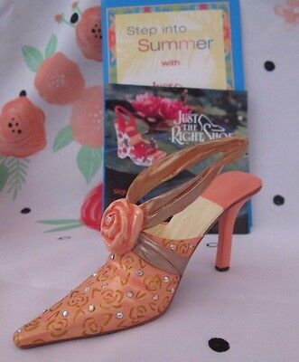 """Just the Right Shoe, Raine 2004 """"Wrapped in Roses"""" # 25497 w/box"""