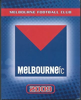 Australia 2009  6 Football clubs packs, each has 2 panes of 10 stamps, Melbourne