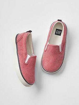 GAP Kids / Toddler Boys Size US 13 / EU 30 Red Chambray Slip-On Sneakers Shoes