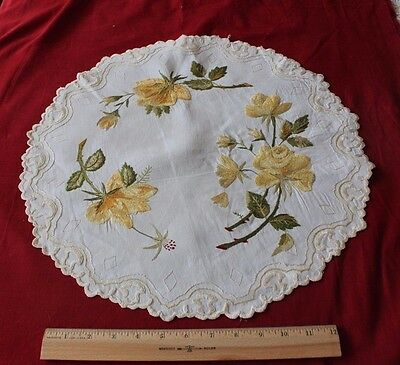 Antique Silk Society Work Hand Emb Yellow Roses On Linen Centerpiece c1890-1900