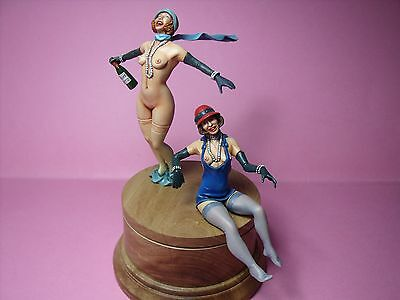 Angela  And  Claudia  1/18  Painted  Girl  Figures   By  Vroom  For  Mattel  Cmc