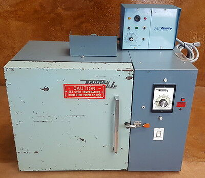 Tenney Jr Benchtop Environmental Chamber * 0°C to 175°C * 115V * Tested