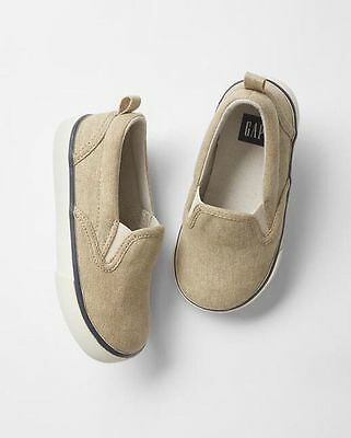 GAP Kids / Toddler Boys NWT Size 1 Youth Tan Beige Slip-On Canvas Sneakers Shoes