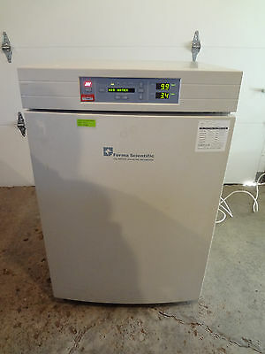 Forma Scientific Model 3110 Water Jacketed CO2 Incubator - Calibrated 2016