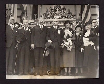 1932 Photograph President & Mrs Hoover Leaving Home To Vote *1660