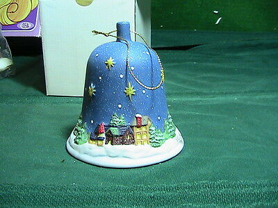 Bell Porcelain Christmas Village Square 1986 – 1996 MINT Condition