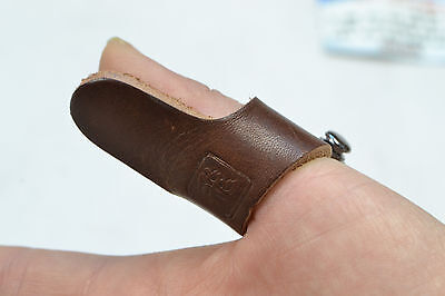Brown Cow Leather Fingerguards Traditional Archery Shooting Glove Protect Glove