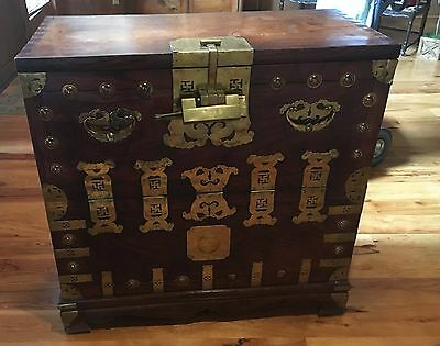 Rare 19th Century Korean Bandaji chest (bandaji