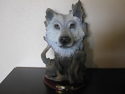"""Big Wolf Face Among Wood Figurine 11-1/2"""" Tall ~ Part of 'Elegante Collection'"""