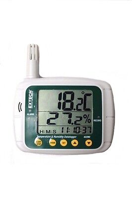 Extech Instruments 42280 Temperature and Humidity Datalogger