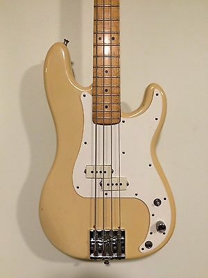 Vintage Fender Precision Bass / 1982 - P Bass - Made in USA