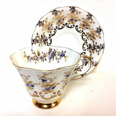 Teacup & Saucer Queen Anne Bone China With gold decoration