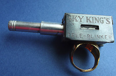 Sky King Tele Blinker Premium Ring 1950s with Telescope that comes out