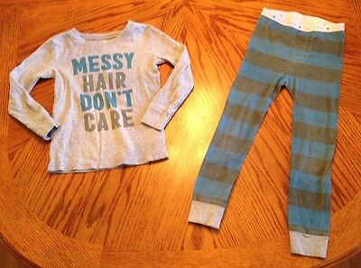 Boys - Old Navy Long Sleeve Snug Fit Pajama's - Size 5T