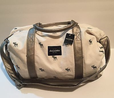Abercrombie & Fitch Kids Girls Moose Logo Duffle Weekender Overnight Bag Silver