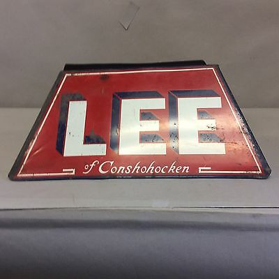 """Lee"" Tire Display 15"""