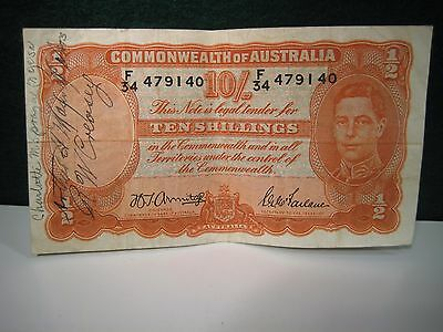1942 Commonwealth of Australia Ten (10) shilling banknote.  Short Snorter.