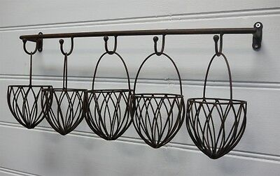 Home Garden Decor Iron Wall Mount Pot Plant Holder Planter Rack Window Basket