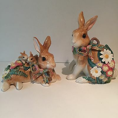 Fitz and Floyd Woodland Spring Decorative Pair of Bunny Rabbits Flowers Babies