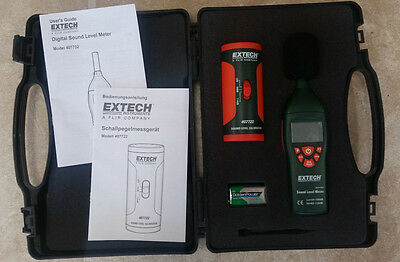 Extech Instruments Digital Sound Meter Kit with Calibrator 407732