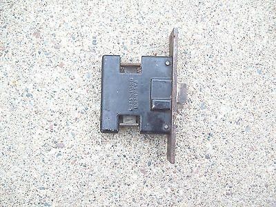Door latch mechanism SARGENT & Company Patented Dec 15 1885 Ornate front plate