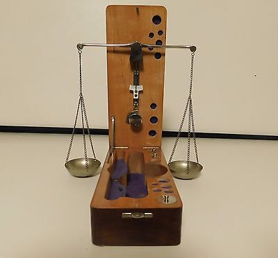 * VINTAGE WEST GERMANY OZ, GRAMS & DWT WEIGHT SCALE W/ CASE  jewelry store find
