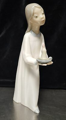 "LLADRO #4868 ""GIRL WITH CANDLE"" Porcelain Figurine ""Children in Pajama"" Series"