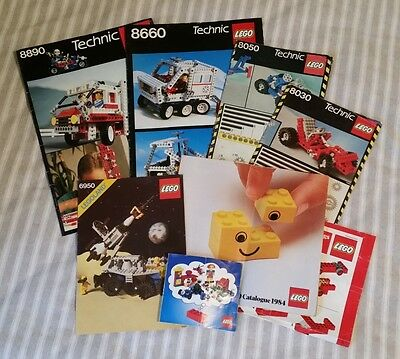 Lego assorted vintage manuals and catalogues.