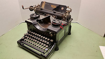 Antique Royal Typewriter Model 10 Circa 1922