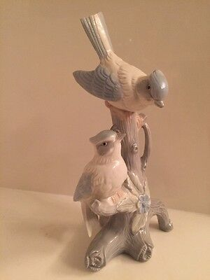 """Vintage Art mark Hand Painted Made In Taiwan Birds On A Tree Almost 9"""" Tall"""