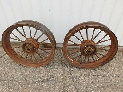 John Deere Unstyled B Tractor Rear Round Spoke Rims   72974
