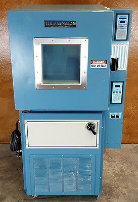Thermotron S-4 Environmental Chamber * 2800 Digital Controller * 4 ft3 *Tested