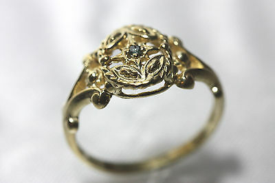 Ring 10k gold with Blue Diamond Antique Design or Victorian Style