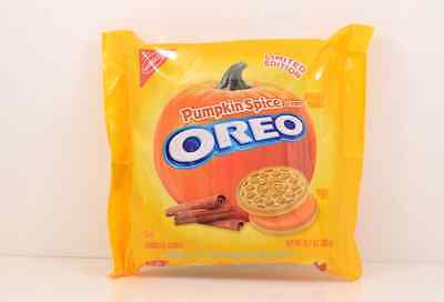 Oreo Pumpkin Spice Creme Sandwich Cookies Limited Edition Rare hard to find!