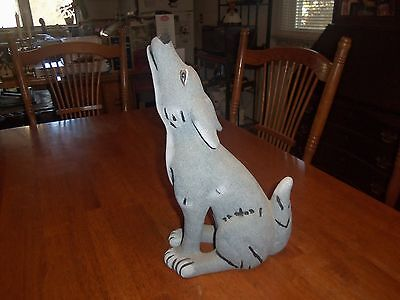 Large Howling Coyote Wolf Statue - Gray With White - 15 Inches Tall