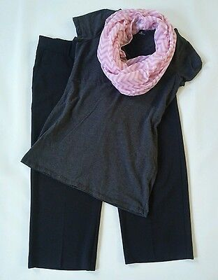 Lot of womens maternity clothes/ outfit size medium- Lot J35